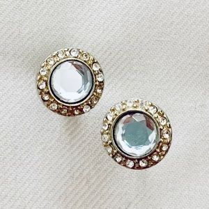 Loft Halo stud earrings
